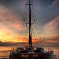 Hawaii romantic catamaran sailing Sail Away, Water Crafts, Beautiful World, Sailing Ships, Croatia, Caribbean, Greece, Cruise, Around The Worlds