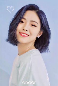 Kpop Girl Groups, Kpop Girls, Hair Inspo, Hair Inspiration, Mode Rose, Ulzzang Girl, Girl Photography, K Pop, Girl Crushes
