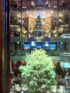 Holidays are here on  @CelebrityCruise #Reflection inaugural #cruise sailing
