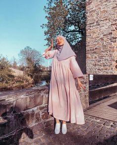 Modest Fashion Hijab, Modern Hijab Fashion, Modesty Fashion, Hijab Fashion Inspiration, Abaya Fashion, Muslim Fashion, Mode Outfits, Fashion Outfits, Mode Turban