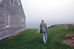 Andrew Wyeth, Benner Island, Maine, 1996.   Photo by Harry Benson.