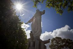 Desde que fue creada, la obra de don Mario Zamora se ha convertido en punto de referencia para los creyentes y los visitantes a Tegucigalpa.  El Cristo del  Picacho domina el horizonte capitalino