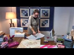 Patchwork demonstration - Crazy patchwork This Fall/Winter style shown at London Trend Week needed Bell Bottom Trousers, Patchwork Tutorial, Queen Outfit, Milan Design, Work Gloves, Storage Compartments, Deconstruction, Paper Piecing, Applique