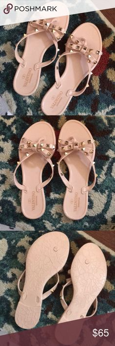 Jelly sandals size 6 Says 37 but is best for size 6 feet because they run small. They are NA!!!! New... Sandals only ... summertime, these will sell fast Valentino Shoes Sandals