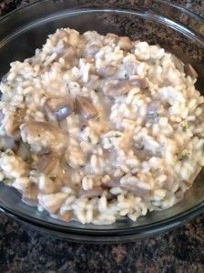 Quick and Easy: Mushroom Risotto. The result looks much better than the picture. I also add some asparagus tips. Snack Recipes, Healthy Recipes, Snacks, Healthy Food, Mushroom Risotto, Quinoa, Asparagus, Stuffed Mushrooms, Favorite Recipes