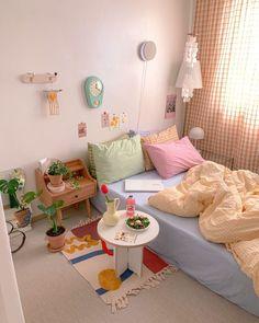 Room Design Bedroom, Room Ideas Bedroom, Home Bedroom, Bedroom Decor, Bedrooms, Pastel Room, Minimalist Room, Pretty Room, Cute Room Decor