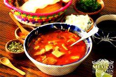 ❤ How to Make Menudo Soup Recipe ❤ Menudo Soup, Tripe Soup, Mexican Dishes, Mexican Food Recipes, Soup Recipes, Ethnic Recipes, Mexican Meals, Mexican Cooking, Keto Recipes