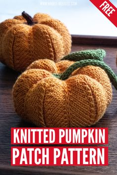 A free knitted pumpkin pattern. Want to decorate your home for halloween? This free pumpkin knitting pattern is perfect! It involves no sewing and is shapped through smart increases and decreases alone. Perfect for intermediate knitters. #knitting #knit #halloween #knittingpattern #diy Crochet Doll Pattern, Crochet Toys, Knit Crochet, Crochet Patterns, Fall Knitting Patterns, Free Knitting, Amigurumi Patterns, Doll Patterns, Thanksgiving Crochet