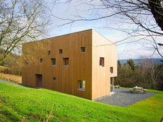 House Van de Vecken by Artau Architecture | Read more: http://mocoloco.com/fresh2/2012/09/14/house-van-de-vecken-by-artau-architecture.php