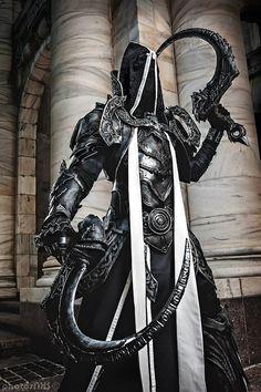 EpicReaper of Souls-Malthael fromDiablo III bySeraph Cosplay. Photo byPhotosnxs