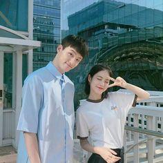 Siwoo and Do Hana A-teen webdrama Drama Korea, Korean Drama, Korean Couple, Korean Girl, Teen Web, Korean Best Friends, Web Drama, Movie Dates, Ulzzang Couple