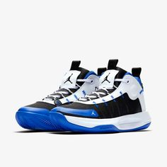 Jordan Jumpman 2020 Men's Basketball Shoe. Nike GB