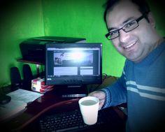 #BUENOSDÍAS comenzando la mañana con famoso y buen #cafemail de cada día y por lanzar un nuevo material de #marketig denominado #cafevideo de #tamaywili ;) Saludos :)