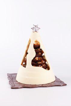 Arbre de Ndal amb caputxa de xocolata blanca #sauleda #pastissers #christmas #tree #chocolate #forshare