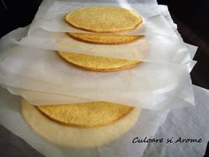 Foi de tort – Culoare si Arome Snack Recipes, Snacks, Pancakes, Chips, Breakfast, Snack Mix Recipes, Morning Coffee, Appetizer Recipes, Appetizers