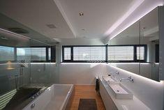 Interieur - Engelshove Bauhaus, Bungalow, Conference Room, Bathroom, Table, Furniture, Website, Design, Home Decor