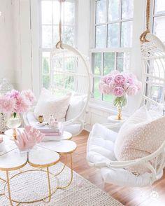 Living Room Inspiration, Home Decor Inspiration, Decor Ideas, Living Room Decor, Bedroom Decor, Master Bedroom, My New Room, House Rooms, Home Decor Accessories