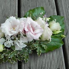 Přírodní svatba - Pavilon Grébovka - svatebnívýzdoba.cz Champagne, Floral Wreath, Wreaths, Decor, Floral Crown, Decoration, Door Wreaths, Deco Mesh Wreaths, Decorating