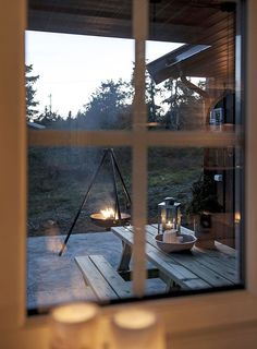 〚Cozy Kingdom: Wooden House in Norway〛 ◾ Photos ◾ Ideas ◾ Design Wooden Cottage, Wooden House, Chalet Interior, French Apartment, Dutch House, Lillehammer, Colored Ceiling, Hygge Home, Wooden Ceilings