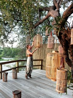 Cozy Bamboo Garden Decor For Private Place 21 Porches, Game Lodge, Bamboo House, Water Pond, Farm Stay, Lodges, Backyard Landscaping, Exterior Design, Outdoor Living