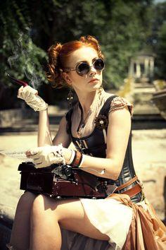 Steampunk Tendencies | Model : Red Hair - Outfit : Radoobutuc - Photo : Irina Braga #Fashion #Steampunk