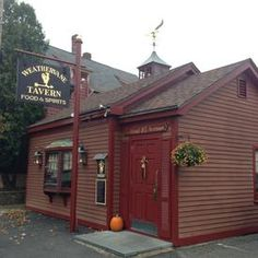 Weathervane Tavern  in South Hamilton...........the BEST food!!! Many romantic nights spent there.........