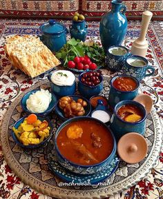 Ab Goosht and all the amazing delicacies that come with it آبگوشت و مخلفات