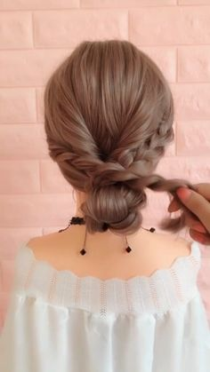 In 2019 Braid hairstyle has always been a symbol of beauty. And no matter, short [& The post 20 Braid Hairstyles Tutorials in 2019 appeared first on Trending Hair styles. Braided Hairstyles Tutorials, Easy Hairstyles, Girl Hairstyles, Braided Hairstyles For Short Hair, Easy Wedding Hairstyles, Beach Hairstyles For Long Hair, Easy Updos For Medium Hair, Hairstyles Videos, Braids For Short Hair