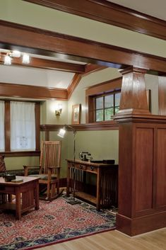 Laurelhurst 1912 Craftsman sitting room after