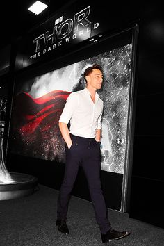 Heck of a pic! Tom Hiddleston