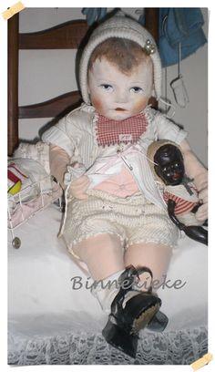 **een nieuw huis voor deze pop**