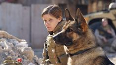 FILM: Deswegen ist der Hund der beste Freund des Menschen! Eine wahre Geschichte!  Basierend auf dem Leben der New Yorkerin Megan Leavey, die 2003 den Marines beitrat und mehrere Auszeichnungen für besonderen Mut in Kampfsituationen erhielt sowie ihrem Schäferhund Rex ist ein herzerwärmender Film. >>> https://www.film.tv/go/39062-pi  #Hund #Krieg #Liebe