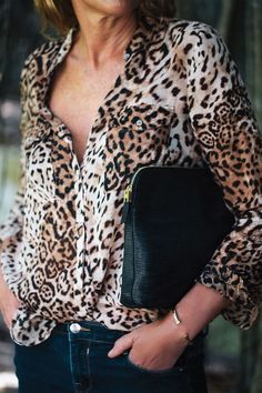 India Hicks Insider Clutch. Day. Night. Country. City. Fall Collection: http://www.IndiaHicks.com/rep/RTanos