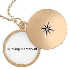 LOVEING MEMORY LOCKET