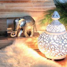 Oriental Lamp and Elephant from www.lieblingsidee.com  ... more on my Lieblingsidee blog #elefant #geschenk #lamp #oriental #lampe
