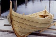 A small boat, build in the viking clinker method, with overlapping streaks, sealed with hemp strings, soaked in birch pitch, and peen rivited. The hull is constructed first, and the frame fitted in afterwards, which gives this type of vessel a unique flexibility. In comparison modern ship building methodes are primitive!