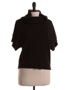 Check it out! Kenneth Cole, Size M. Priced at $16.95.