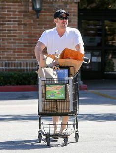 Dean Cain Photos - Dean Cain Goes Shopping - Zimbio