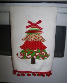 Applique Christmas Towel:
