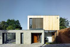 RIBA Announces 17 Winners of South Awards,The Cheeran House; Berkshire / John Pardey Architects. Image © James Morris