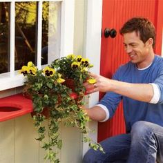 LOVE this for our bay window that is too awkward for traditional window boxes! 15 Cool DIY Window Boxes With Tutorials Flower Boxes, Diy Flowers, Potted Flowers, Outdoor Planters, Outdoor Gardens, Fall Planters, Hanging Planters, Outdoor Projects, Garden Projects