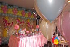 Festa do Carrossel Painel de balões do carrosel feito pela Balão Cultura e inspirada no projeto original de André Figueredo. Ficha Técnica: Decoração com balões: Balão Cultura. Projeto e decoração de mesa: Marlise Corsatto #BalãoCultura #balaocultura # decoraçaocarrossel #decoraçãocarrossel #decoracaocarrossel #projetofestameninacarrossel #carrossel #festacirco #paineldebaloes #paineldebalões #paineldocarrossel