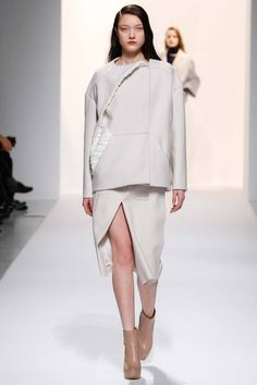 Chalayan | Fall 2014 Ready-to-Wear Collection | Great coat!  #PFW