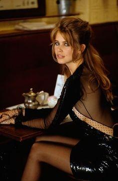 Claudia Schiffer, Vogue September 1990 - she dated a magician.