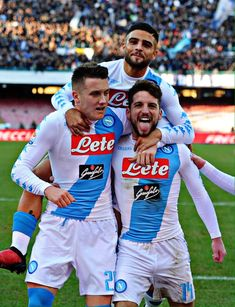 From breaking news and entertainment to sports and politics, get the full story with all the live commentary. Cr7 Juventus, Dries Mertens, Sports Mix, Most Handsome Men, Male Physique, Football Players, Naples, Big Boys, Sports And Politics