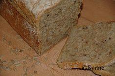 ganske enkelt: Grovbrød med havregryn Scones, Banana Bread, Food And Drink, Baking, Desserts, Postres, Patisserie, Bakken, Deserts