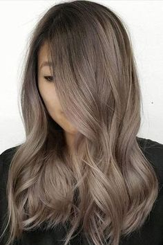 22 New Gorgeous Hair Color Trends For 2019 The trending greige hair color Ash Brown Hair Color, Hair Color And Cut, Cool Tone Brown Hair, Ash Tone Hair, Hair Color For Morena Skin, Ash Gray Hair Color, Soft Brown Hair, Hair Goals Color, Hair Color Asian