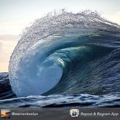 Your essential beauty for the night courtesy of @warrenkeelan Sweet dreams.  Double tap if you enjoy
