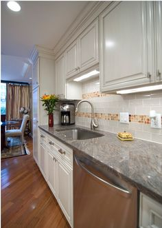 Contemporary Kitchen Backsplash Design, Pictures, Remodel, Decor And Ideas    Page 6