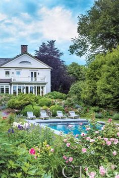Seven years ago, Casey and Chuck Berg purchased Turkey Hill in Westport. There are certain specific, unavoidable issues involved with taking ownership of—without a doubt—the most-photographed garden in the universe. Simply put, no one wants to be the person who killed Martha's garden.